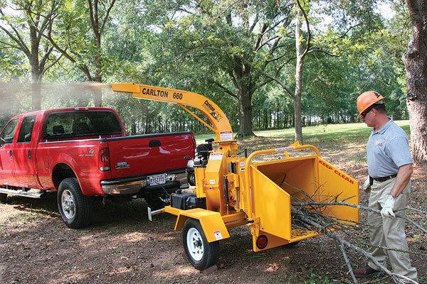 Carlton introduces the ultra-compact 660 6-inch wood chipper